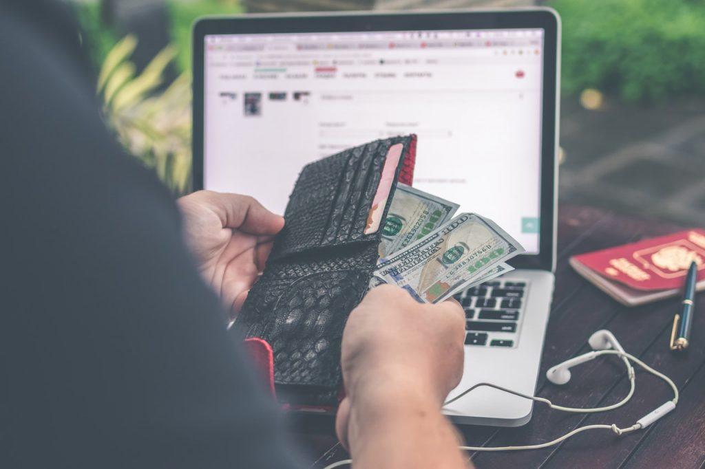 Study in Canada, cash crunch